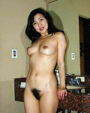 asia old woman nude
