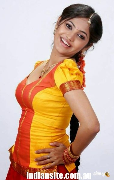 hot and spicy telugu actress