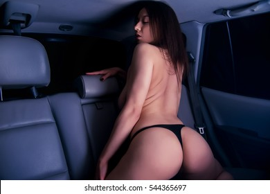 pics of women in cars naked